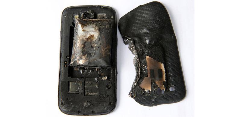 Handphone Zaman Sekarang Bisa Meledak, Apa Penyebabnya ?